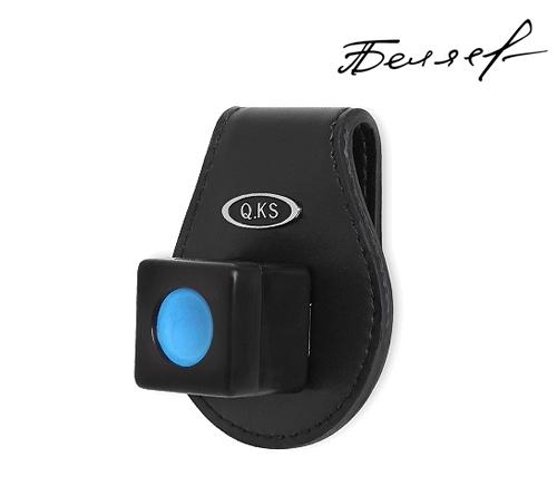 Q-KS, кожано - пластиковый магнитный держатель мела